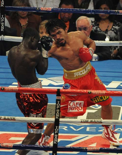 Pacquiao lays into Clottey