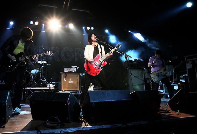 2008: Supergrass on stage at Magazzini Generali