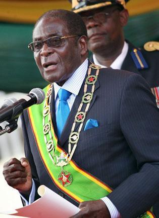 Robert Mugabe speaks at a rally to celebrate Zimbabwean independence