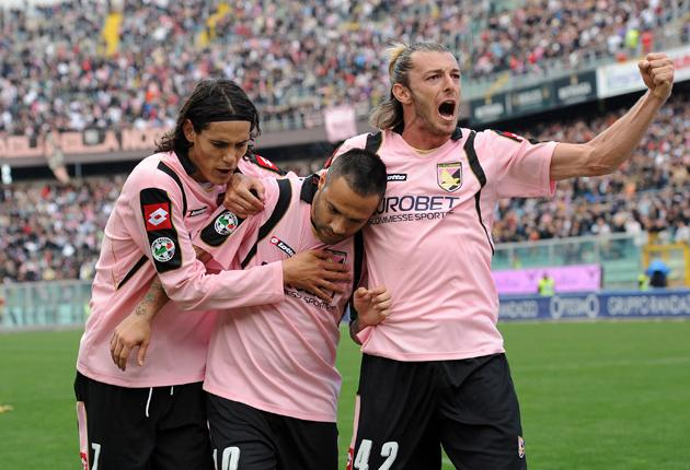 Here the colour pink is not just for girls. Palermo's palest-rose strip is certainly rather fetching