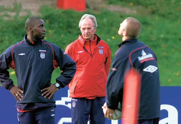 Andy Cole and David Beckham train in 2001 under the watchful eye of Sven Goran Eriksson ahead of the 2002 World Cup in South Korea and Japan
