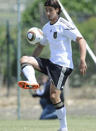The 23-year-old Stuttgart midfielder Sami Khedira is expected to take the place of Michael Ballack for Germany