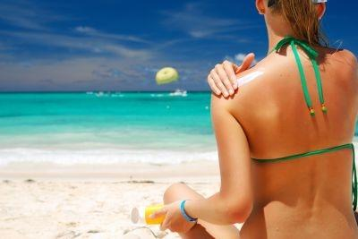 A new US study suggests that avid sunscreen users are more likely to burn that people who don't use the stuff.