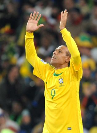 'The doubtful element to the goal made it more beautiful,' said Luis Fabiano