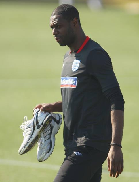King came off injured in England's first match