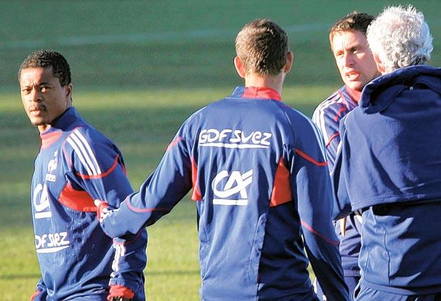 Patrice Evra argues with France's fitness coach, Robert Duverne