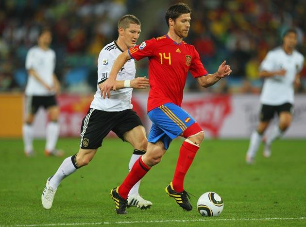<b>SPAIN</b><br/><br/> <b>Alonso:</b> Showed amazing vision with a range of passes, and fired quick balls forward to start attacks after getting the ball in the middle. 8