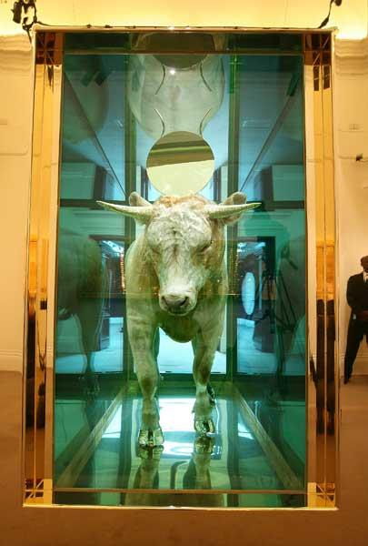 Art now? Damien Hirst's 'Golden Calf'