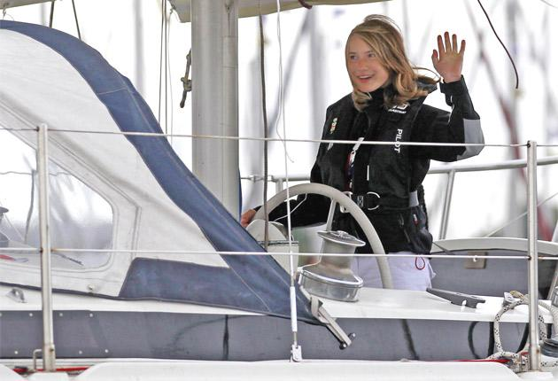 Laura Dekker, 14, sets off from Den Osse in her bid to become the youngest person ever to sail solo around the world