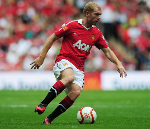 Paul Scholes played a role in all three goals for Manchester United