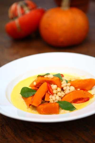 Pumpkin and white-bean curry