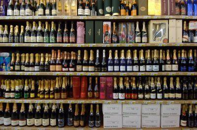 Champagne gets shelved as Prosecco and Cava continues to soar.