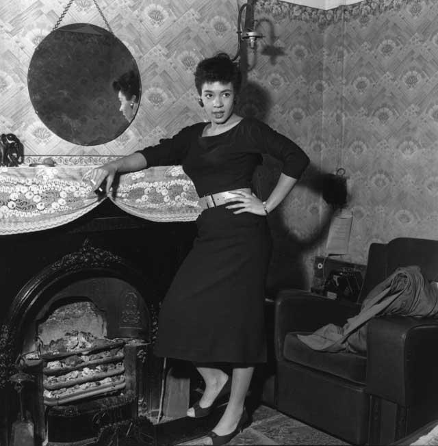 Voice of truth: Shirley Bassey at home in Cardiff's Tiger Bay in 1955