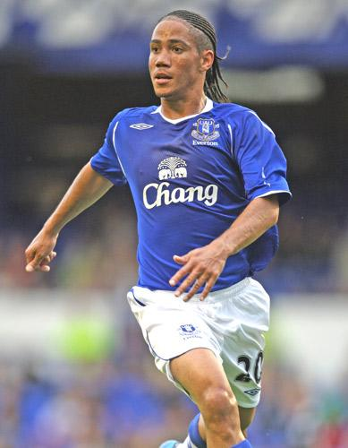 Phil Neville is pessimistic about the chances of Steven Pienaar, pictured, staying at Everton