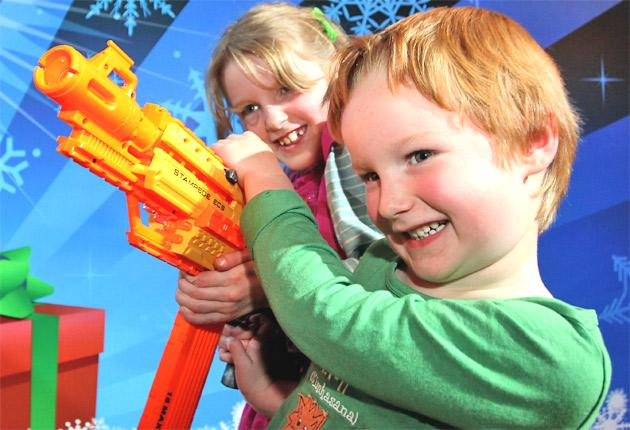Kate and Finlay Hickman with the 'Nerf N Strike Stampede ECS'
