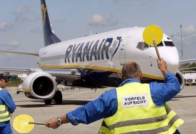 A Ryanair plane at the Frankfurt Hahn aiport.