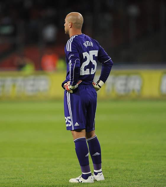 Liverpool must improve says Reina