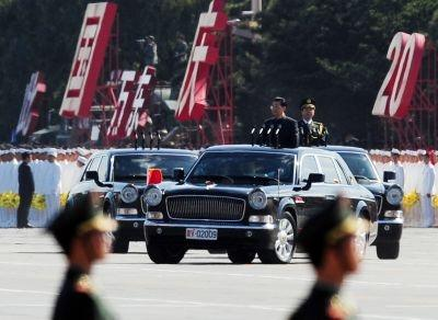 Chinese President Hu Jintao review troops in a Hongqi HQE