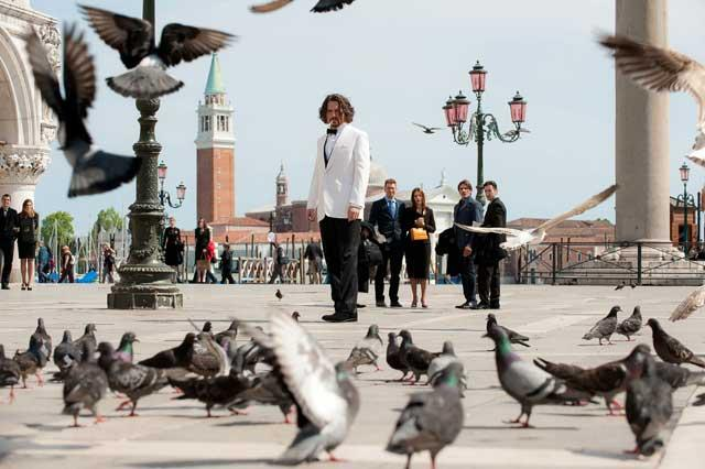 Flock star: Johnny Depp visits Venice in 'The Tourist'