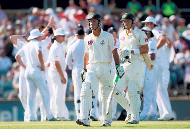 Ricky Ponting's dismissal on the second day helped to revive the doubts about this Australian team