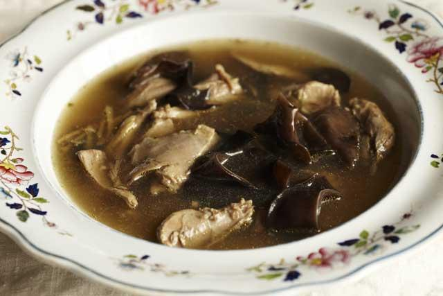 Fresh and fragrant: Duck and ginger broth