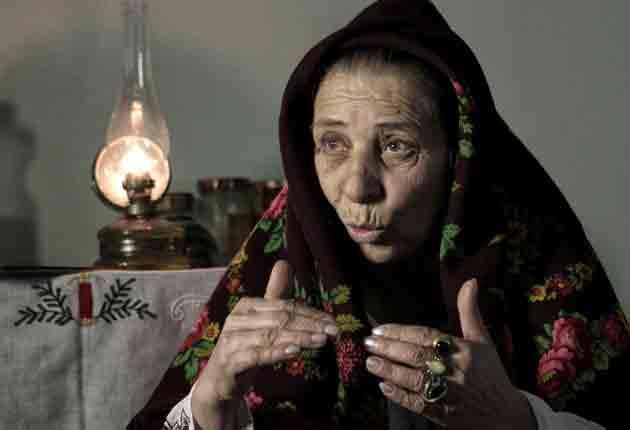 Queen witch Bratara Buzea is planning a curse