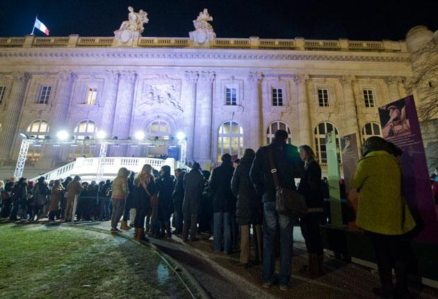 The queue stretches outside the Grand Palais to view the Monet show
