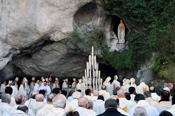 Rejoice: Catholics at the Lourdes shrine in France