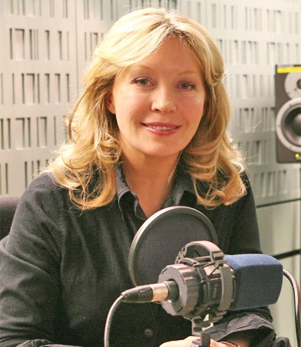 Kirsty Young will introduce classic editions of 'Desert Island Discs' when they are aired on Radio 4 Extra