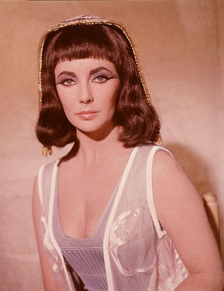 Promorional portrait of British-born actor Elizabeth Taylor in costume as the Egyptian queen Cleopatra, for the film,  'Cleopatra,' directed by Joseph Mankiewicz, 1963.