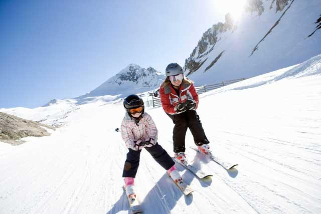 Girl powder: Family skiing in the Alps