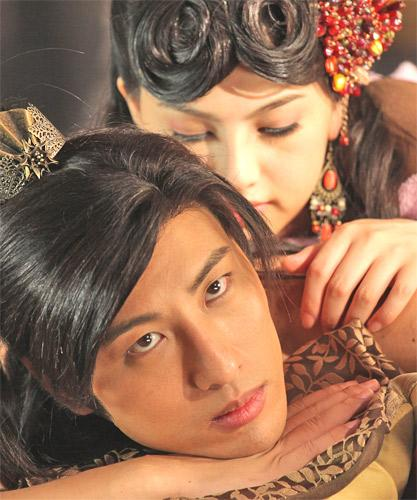 The film stars Saori Hara, top, and Hiro Haayana of Japan
