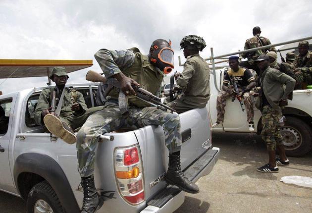 Forces loyal to Alassane Ouattara near Abidjan