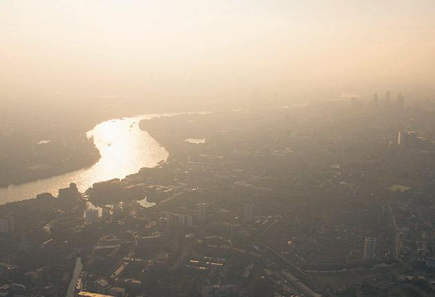 Experts believe that levels of ozone and ultra-fine particles in the air that irritate the respiratory system are likely to rise with the the daytime temperatures