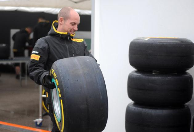 Engineers assess tyres with rain expected for the Turkish Grand Prix