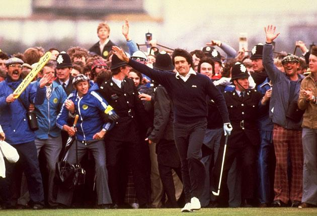 Seve Ballesteros acknowledges the crowd after holing his putt on the 18th green to win the British Open at Royal Lytham in 1979