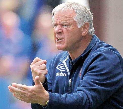 Hearts manager Jim Jefferies was frustrated by the decision to withdraw his captain from last Saturday's Rangers game