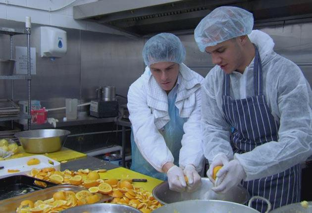 Contestants make soup like they've never done before in 'The Apprentice'