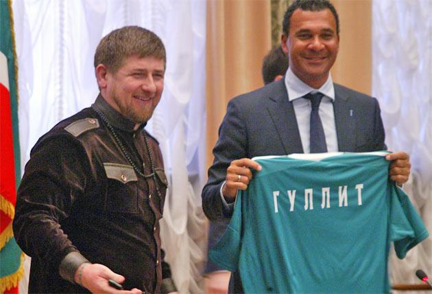 Ruud Gullit and Ramzan Kadyrov at the start of the Dutch coach's tenure at Terek Grozny