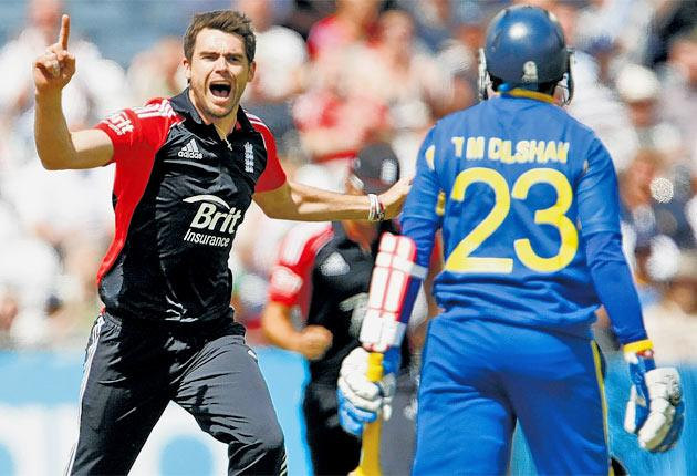 In conditions ideal for swing bowling, James Anderson celebrates removing Sri Lanka's Tillakeratne Dilshan