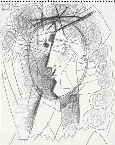 A man walked out of the Weinstein Gallery in San Francisco with Picasso's 'Tete de Femme'. The sketch, above, is worth an estimated £125,000