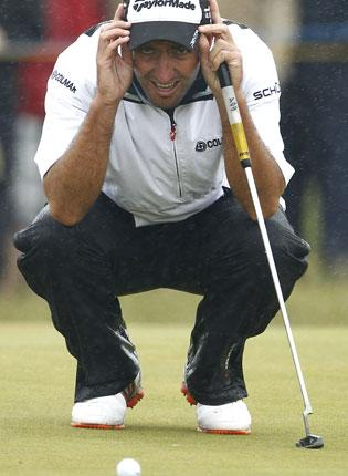 What a blow... attempting to line up a putt in conditions that were just about the toughest I've ever faced