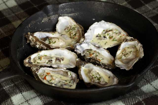 Oysters with chilli and shallots