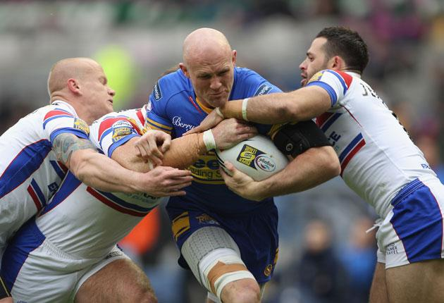 Keith Senior in Leeds colours, on the charge against Wakefield