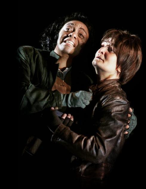 Gweneth-Ann Jeffers (Wally) and Alinka Kozari (Walter) in La Wally