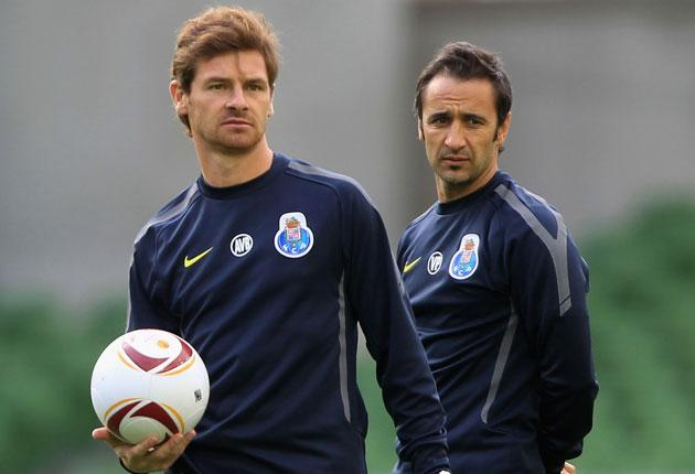 Andre Villas-Boas (left) and Vitor Pereira during their time together at Porto