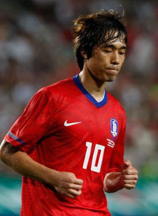 Park, who is 26 and is also wanted by Lille , is obliged to do two years' national service with the South Korean armed forces