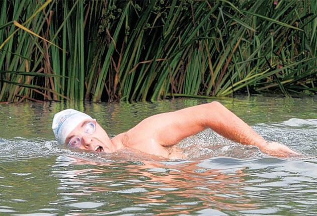 David Walliams during his attempt to swim the entire length of the River Thames to raise money for Sport Relief