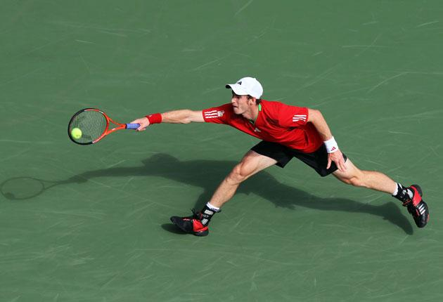 Murray beat American Donald Young 6-2 6-3 6-3