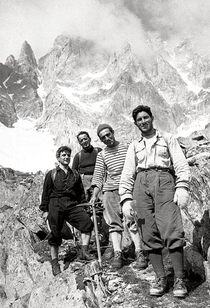Bonatti, far right, with his fellow climbers on Mont Blanc in 1955
